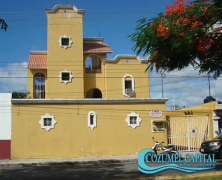 1.- Departamentos Deportiva - front view, Cozumel.