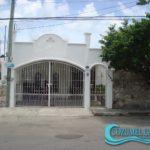 1.- Villa Karenina - Front view web