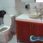 7.- Local Beta - Bathroom 1