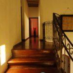 Hall Way to Bedrooms & Studio / Pasillo a las Habitaciones y Estudio