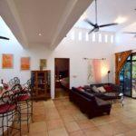 10.- Casa Bonanza - high ceilings