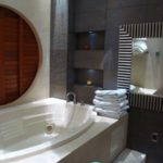 18.- Villa Paradise - Master bathroom spa
