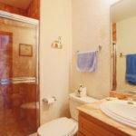 13.-Bathroom 2